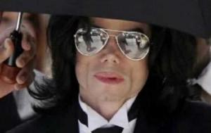 """Michael Jackson, """"abusi da piccolo"""": Conrad Murray accusa famiglia"""