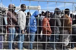 Guarda la versione ingrandita di Migranti a Ventimiglia