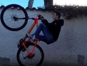 Milano, Erik Martinelli travolto e ucciso da un treno a 14 anni