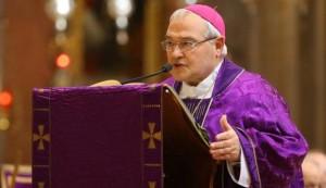 """Ferrara, vescovo Negri: """"Basta musulmani alle messe dei cattolici"""""""