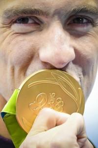 Rio 2016, Phelps leggenda: vince i 200 misti, oro Olimpico numero 22