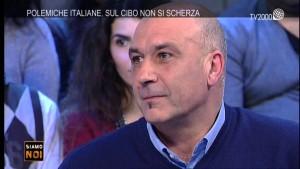 Guarda la versione ingrandita di Terremoto, Sergio Pirozzi sindaco-allenatore: