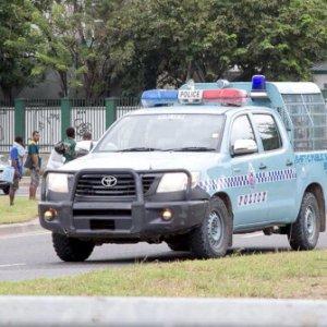 Papua Nuova Guinea: rapinatori prendono ostaggi, tra loro anche turisti