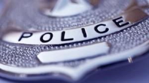 Usa: poliziotto u****o a colpi di pistola. Killer armato in fuga