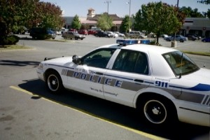 Usa: spari contro i poliziotti in Arkansas, due agenti colpiti