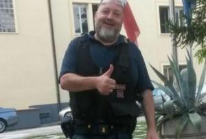 Genova, insulti su un muro al poliziotto morto d'infarto a Ventimiglia