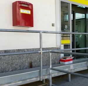 Taranto, allarme bomba all'ufficio postale centrale
