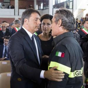 "Terremoto, Renzi: ""Ricostruire in fretta, massima trasparenza. Anac aiuterà"""