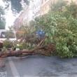 Roma, bomba d'acqua paralizza città: metro in tilt, strade allagate...07