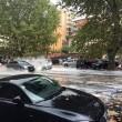 Roma, bomba d'acqua paralizza città: metro in tilt, strade allagate...05