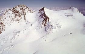 Due giorni maledetti per il Monte Rosa: 6 morti<br /> Oggi due alpinisti precipitati sul passo di Verra