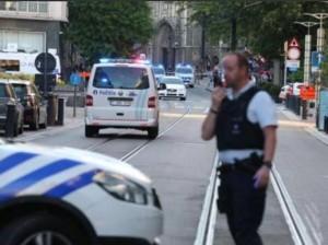 Belgio, uomo armato apre fuoco a Gand: ucciso dalla polizia