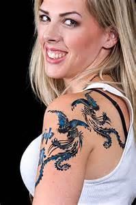 Guarda la versione ingrandita di Un tatuaggio