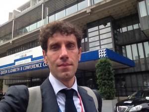 Teodoro Fulgione (Ansa) portavoce di Virginia Raggi: a lui poco più di 100 mila euro all'anno