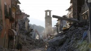"""Terremoto, procuratore accusa: """"Palazzi con più sabbia che cemento"""""""