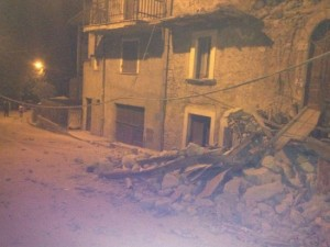 Guarda la versione ingrandita di VIDEO Terremoto, telefonate al 113: