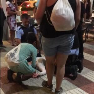 Guarda la versione ingrandita di Spagna panico attentato in Costa Brava, ma erano turisti che...
