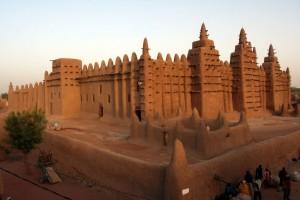Mali, distrusse mausolei di Timbuctu: a processo all'Aja estremista islamico