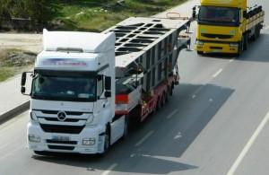 Frosinone: giovane profugo viaggia 400 km agganciato sotto un tir