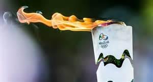 La torcia olimpica 2016