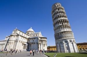 Guarda la versione ingrandita di Centurioni, cacciati a Roma arrivano a Pisa: multati dai vigili