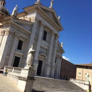 Guarda la versione ingrandita di Terremoto centro Italia, Duomo di Urbino e siti artistici a rischio