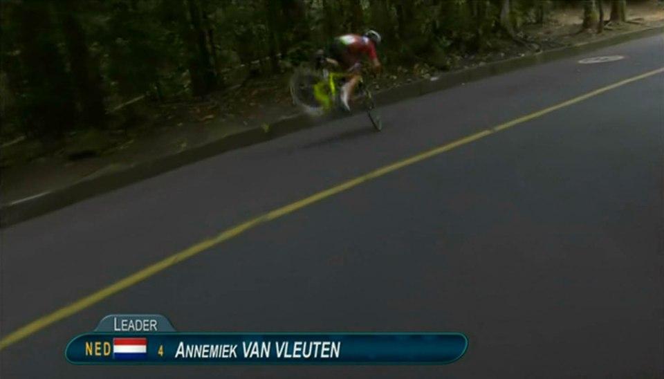 YOUTUBE Rio 2016: Anne Van Vleuten cade e batte la testa6