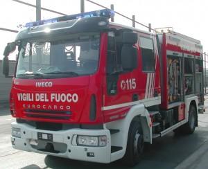 Guarda la versione ingrandita di Incendio a Palermo: Michelangelo Abbate muore per salvare la moglie