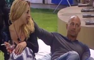 """Valeria Marini: """"Bettarini mi piace ma è ex Simona Ventura..."""""""