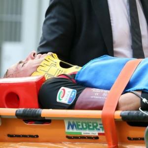 Antonelli ha riportato un trauma cervicale ed è stato portato in ospedale. Dal Milan fanno sapere che la situazione è sotto controllo e in miglioramento.