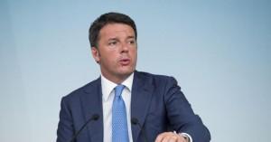 """Matteo Renzi promette: """"100 milioni per nuovi mezzi a forze dell'ordine"""""""