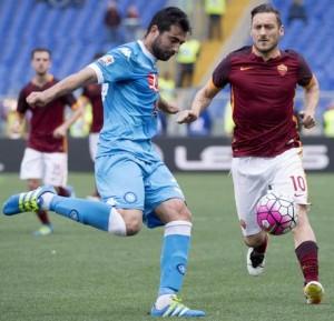 Guarda la versione ingrandita di Napoli, Raul Albiol parla della Champions: