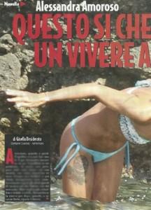 Alessandra Amoroso scivola sugli scogli