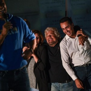"""Beppe Grillo: """"Raggi avanti ma vigileremo777"""