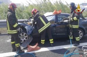 Civitanova, schianto in autostrada muore coppia coniugi. Grave figlia di 6 mesi8