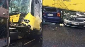 Conducente picchiato con ombrello bus finisce sopra auto16