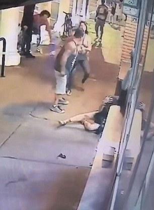 Esce dal negozio picchia la compagna e scappa5