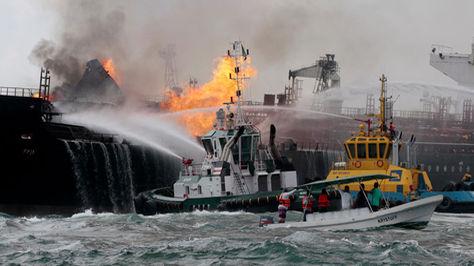 YOUTUBE Golfo Messico, petroliera esplode: 150mila barili in fiamme 4