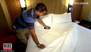 YOUTUBE Hotel cambiano sempre le lenzuola? No e si vede in tv