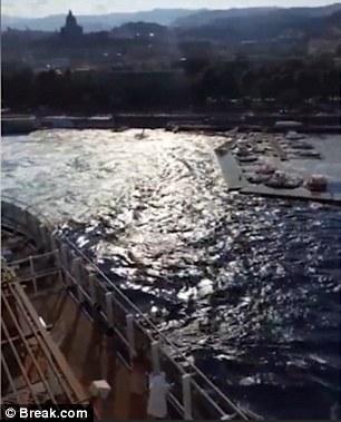 Messina, nave da crociera Carnival Vista provoca mini tsunami 6