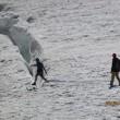 Monte Bianco, turisti in shorts saltellano tra i crepacci FOTO2