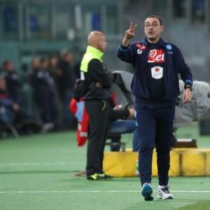 """Genoa-Napoli, Sarri furioso: """"Due rigori negati, intervenga società"""""""