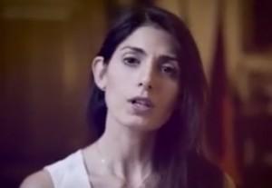 """Virginia Raggi su blog Grillo difende Muraro: """"Decidono pm, non giornali"""" VIDEO"""