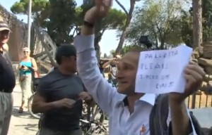 YOUTUBE Roma, James Pallotta lancia 10 euro al 'presenzialista' Mauro Fortini