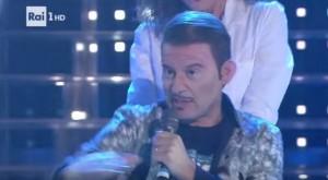 YOUTUBE Enrico Papi imita Fabio Rovazzi. E Claudio Amendola fa esplodere la polemica