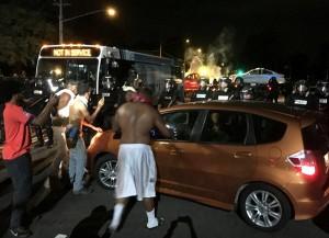 Guarda la versione ingrandita di Usa, polizia uccide nero: scontri a Charlotte, 12 agenti feriti