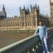 """Calais, rifugiato siriano (24 anni) sposa volontaria inglese (41): """"Lo fa per la cittadinanza"""" 4"""