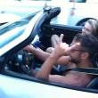 uole impressionare ragazza, va a sbattere con la Porsche7