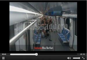Roma, aggressione in metro B: il video del pestaggio