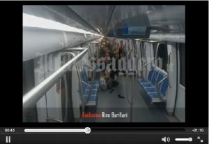 Roma, aggressione in metro B: il video del pestaggio